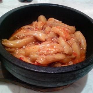 石锅鱼香茄子 -  dari 红花小厨 (围堤道沿线 ) di 围堤道沿线  |Tianjin