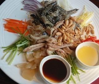 捞起鱼皮猪肚海蜇 - zhongshandaxue's 凤厨顺德私房菜 (zhongshandaxue)|Guangzhou