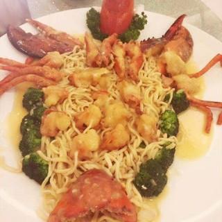 龙虾伊面 - zhujiangxincheng's 海皇轩食府 (zhujiangxincheng)|Guangzhou
