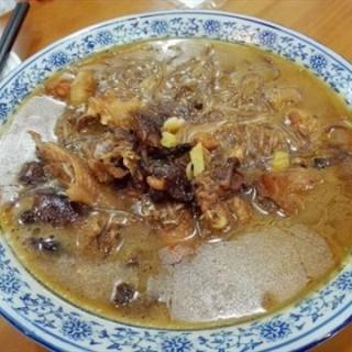 小鸡蘑菇炖粉条 - nongjiangsuo's 松花江饺子馆 (nongjiangsuo)|Guangzhou