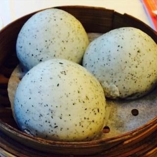 黑钻金沙麻黄包 - haizhuguangchang's 银灯食府 (haizhuguangchang)|Guangzhou
