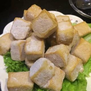 冻豆腐 - ใน车站 จากร้าน青石小什锦九宫格火锅 (车站)|Wu Han