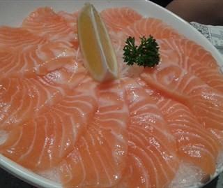 三文鱼刺身 - nongjiangsuo's DaiWo Sushi (nongjiangsuo)|Guangzhou
