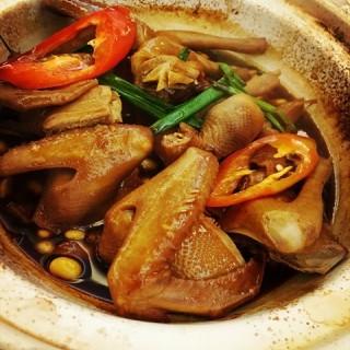 油香乳鸽 - 's 御水湾酒楼 (shiqiao)|Guangzhou