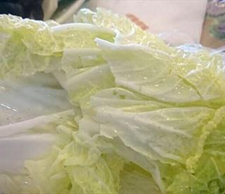 白菜粉丝双拼 -  dari 呷哺呷哺 (西城区) di 西城区 |Beijing