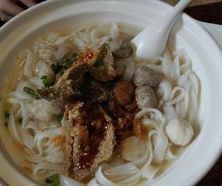 正宗五彩鱼蛋河粉 - shipai's 阿贞拉肠 (shipai)|Guangzhou