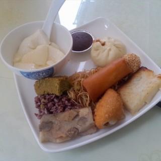 自助餐 - 's 明新素食馆 (xinhuazhen)|Guangzhou