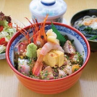 特上角切魚生飯定食 - 位於的鮨処光 (天后)   香港