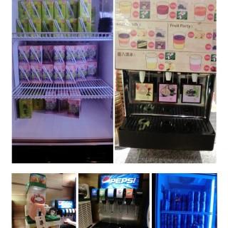 飲品方便, 竟然有啤酒、綠茶、提子汁、汽水任飲, 而且牌子更是大眾認識的道地 -  dari Mori Hachi Shabu Shabu (旺角) di 旺角 |Hong Kong
