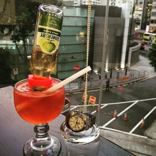 Somersby X Strawberry Upside Down(into smoothie) - Causeway Bay's Timeless Cafe (Causeway Bay)|Hong Kong