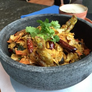 Shelter Carb - crispy cornflake and Doritos with Deep fried soft crab - 位於中環的Townhouse (中環) | 香港