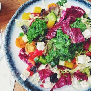 Greek salad - ใน灣仔 จากร้านOVOCAFE (灣仔)|ฮ่องกง