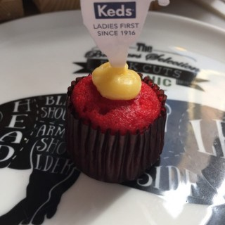 Red velvet mini cupcakes - Central's Urban Park (Central)|Hong Kong