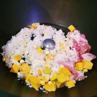 南瓜粟米鮮排骨粥 - 位於油麻地的私房御約 (油麻地) | 香港