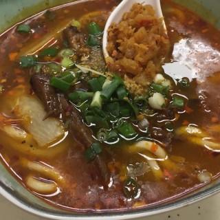 蘿蔔雞翼尖上海幼麵 - 位於土瓜灣的老三油渣麵王 (土瓜灣) | 香港