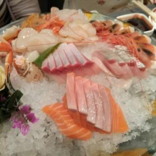 刺身拼盤 - 位於尖沙咀的極尚大喜屋日本料理 (尖沙咀) | 香港