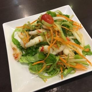 酸辣去骨鳳爪沙律 - 位於九龍城的Orange Elephant Thai Restaurant (九龍城) | 香港