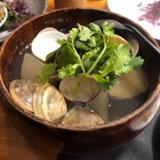 清酒煮蜆 -  dari G One Sushi Japanese Restaurant (尖沙咀) di 尖沙咀 |Hong Kong