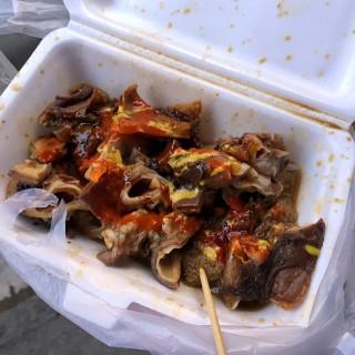 牛腸+牛肚+牛骨 -  dari 明記牛什美食 (新馬路) di 新馬路  Macau