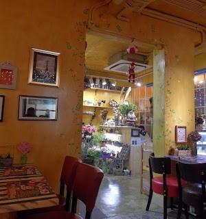dari MS Blossom Cafe (下環) di  |Macau