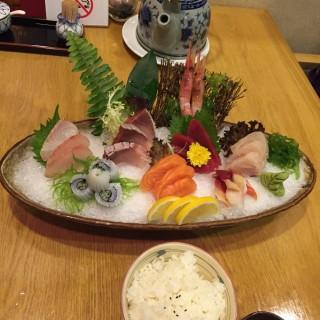 半份刺身 -  dari Sakura Japanese Restaurant (黑沙海灘) di  |Macau