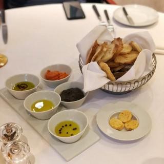 dari FADO The Legendary Portuguese Cuisine (東望洋) di  |Macau
